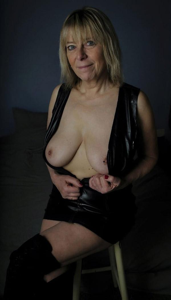 Françoise bourgeoise offerte au SM 9