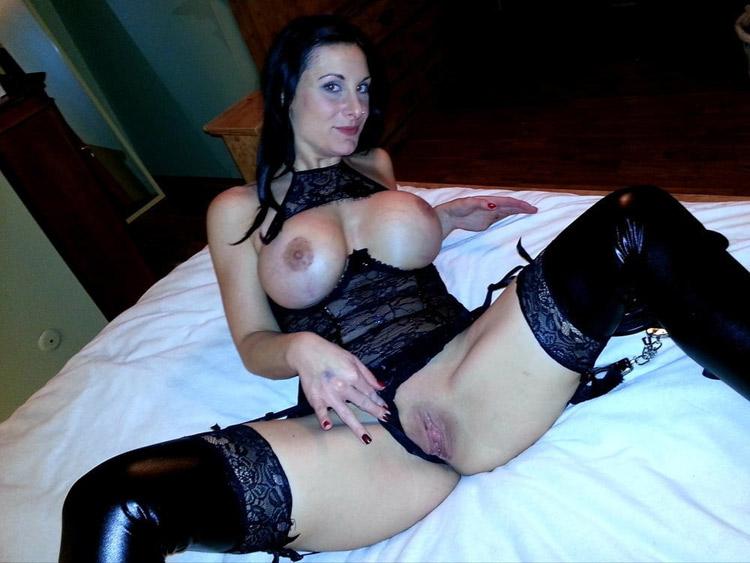 Sandra cougar extravagante nude 11